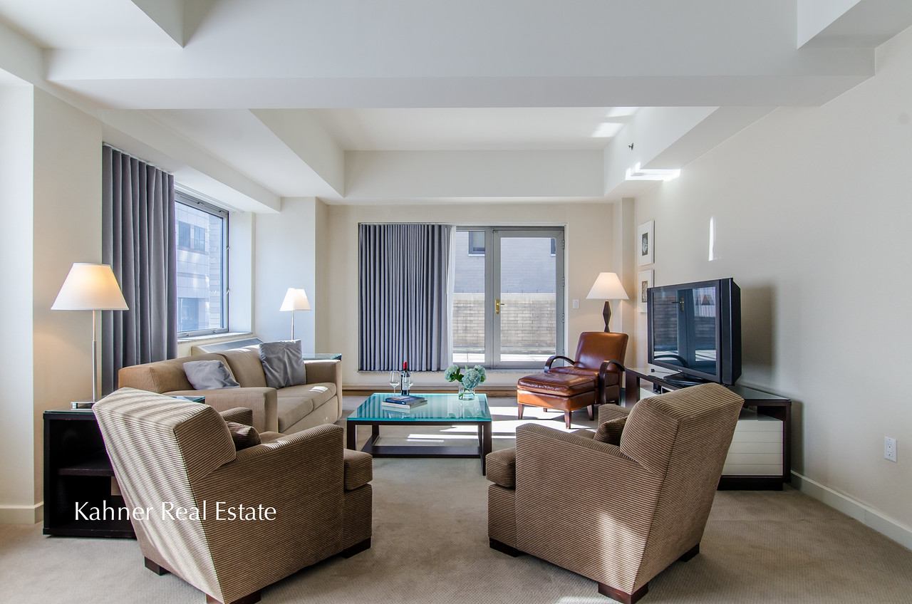 3BR 3.5BA Condominium in Phillips Club I